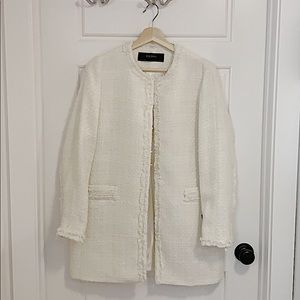 Large Zara Creme/White Coat